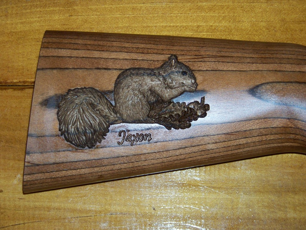 Squirrel carvings 009