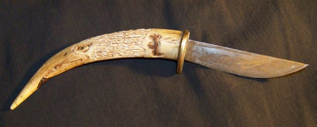 Cca A B C E F Dd further White And Gold Deer Head With Antlers besides Zgdreambucks Large in addition Custom Carved Eagle On Deer Antler Knife Grip Image moreover Cb E. on deer horn art